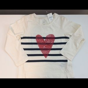 🎉HP🎉Gap Kids Longsleeve Heart ❤️ Tee